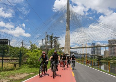 Revitalização da ciclofaixa da Marginal Pinheiros é entregue em SP