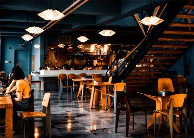 Em lockdown, restaurantes negociam ajuda especial em São Paulo