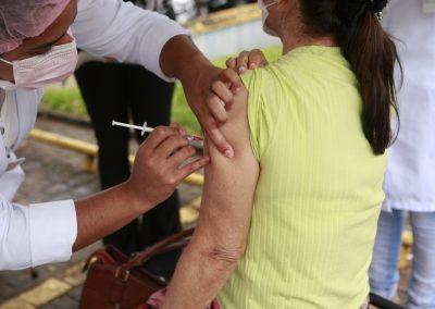 SP começa hoje (12) vacinação contra a gripe