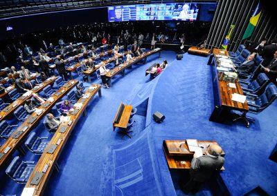 Senado pretende financiar programas para ajudar bares e restaurantes