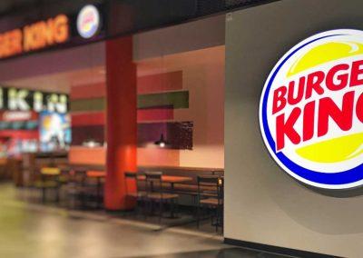 Hambúrguer e pizza: Burger King anuncia compra da operação da Domino's no país